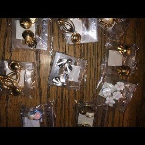 Assorted earring lot (40) sets